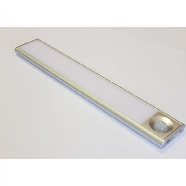 SLIM RECHARGEABLE LITHIUM BAR LIGHT C01-2045 5 670x670