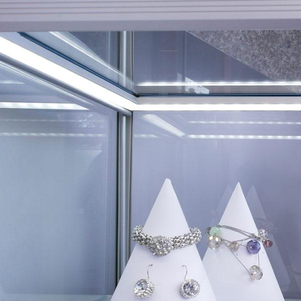 Edge LED Aluminium Profile For Worktop Edge Lighting - K01-1120 insitu 4 670x670