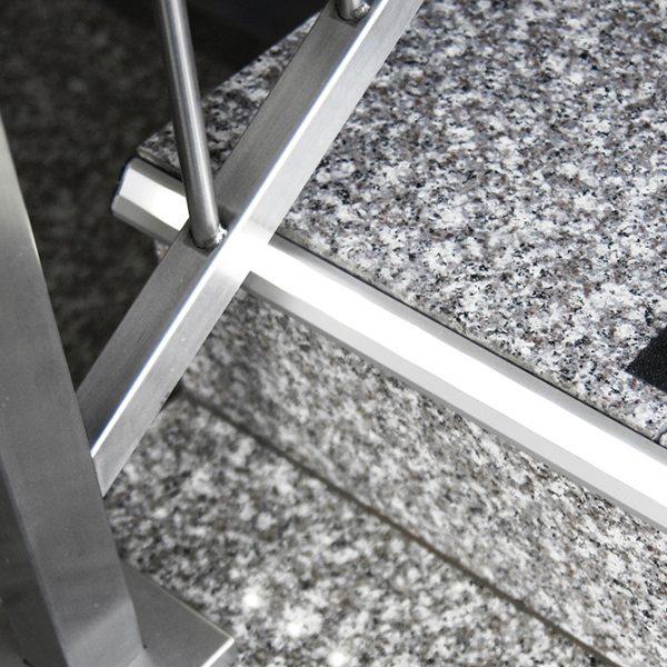 STEP LED ALUMINIUM PROFILE FOR LED TAPE -2M K01-1020 insitu 670X670