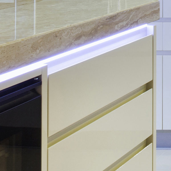 Smart Surface LED Aluminium Profile For Work Surface Strip Lighting - K01-1035-2M Insitu 4 670x670